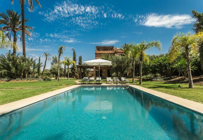 Villa/Dettached house in Marrakech Palmeraie - Yenmoz